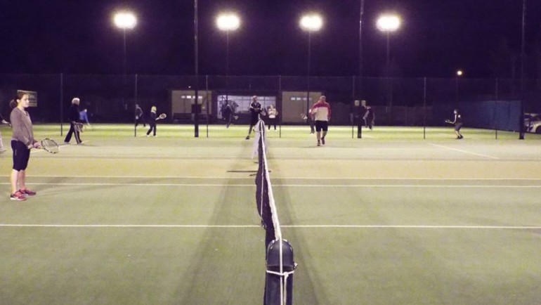 4 Floodlit Courts